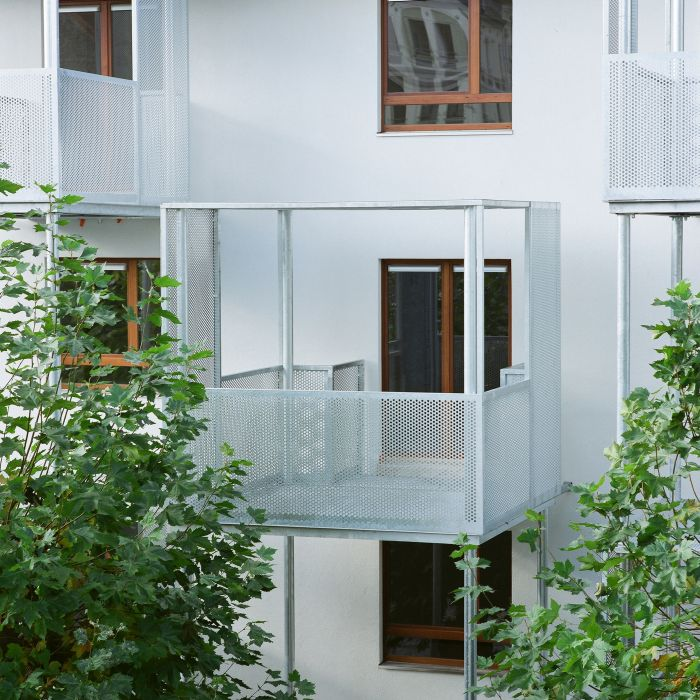 Renovation Of 150 Housing Units In Brussels Samyn And